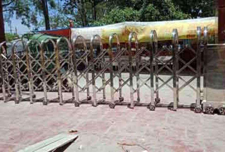 Cổng Hồng Môn sản xuất tại Việt Nam lên ngôi thời Covid-19