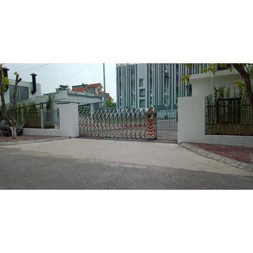 Cổng xếp inox model HMV-02